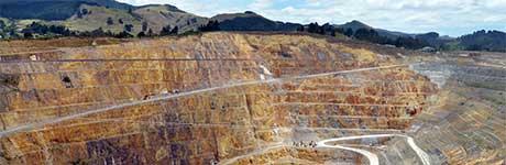 Goldminenaktien mit Risikopuffer