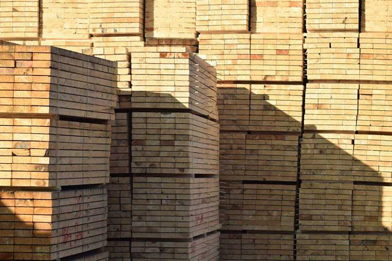Investieren in Holz