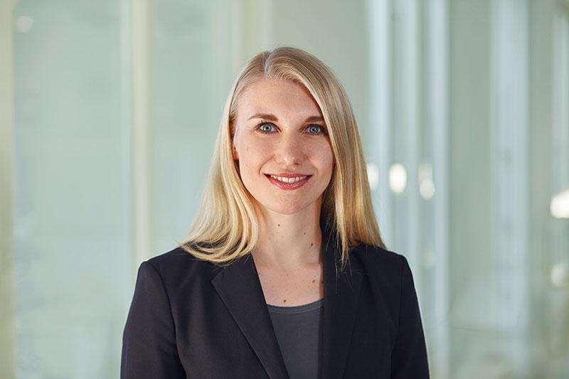 Sara Zinnecker zum Thema ETF-Sparpläne