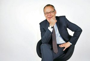 Thomas Hünicke ist Geschäftsführender Gesellschafter der WBS Hünicke Vermögensverwaltung GmbH in Düsseldorf.