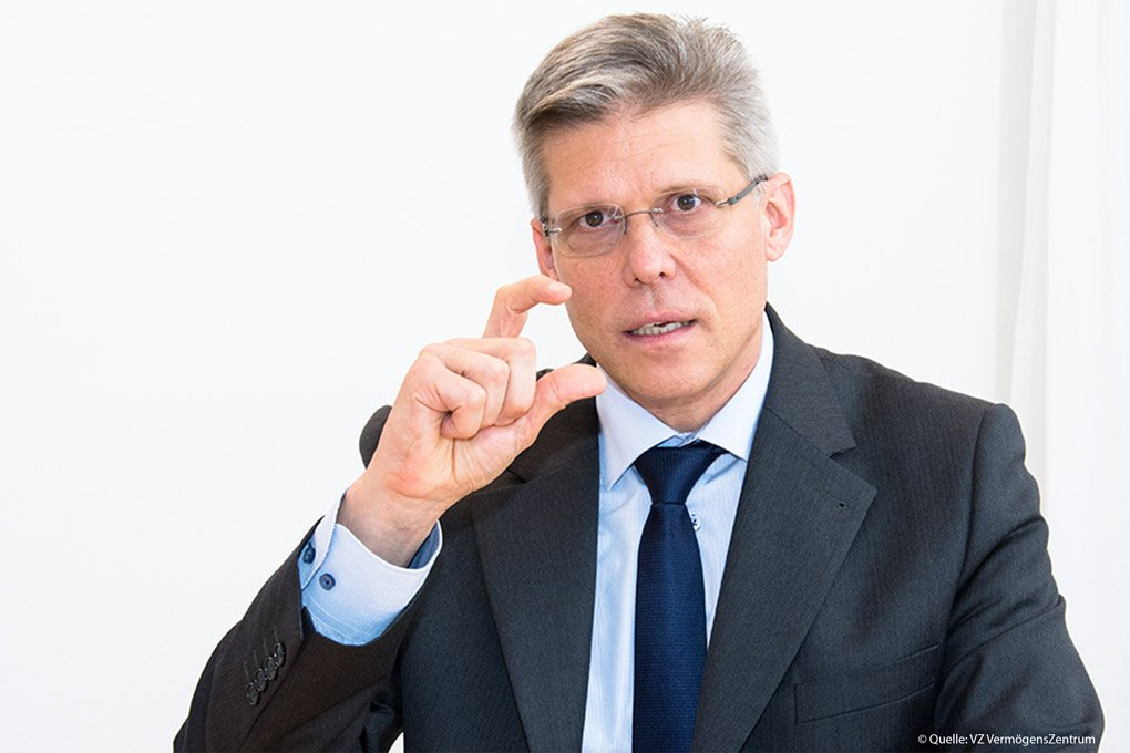 """Tom Friess, Vorsitzender der Geschäftsleitung des VZ Vermögenszentrums: """"Unabhängige Finanzberater denken auch mal quer oder schlagen unkonventionelle Lösungen vor, Robo-Advisors können das nicht."""""""