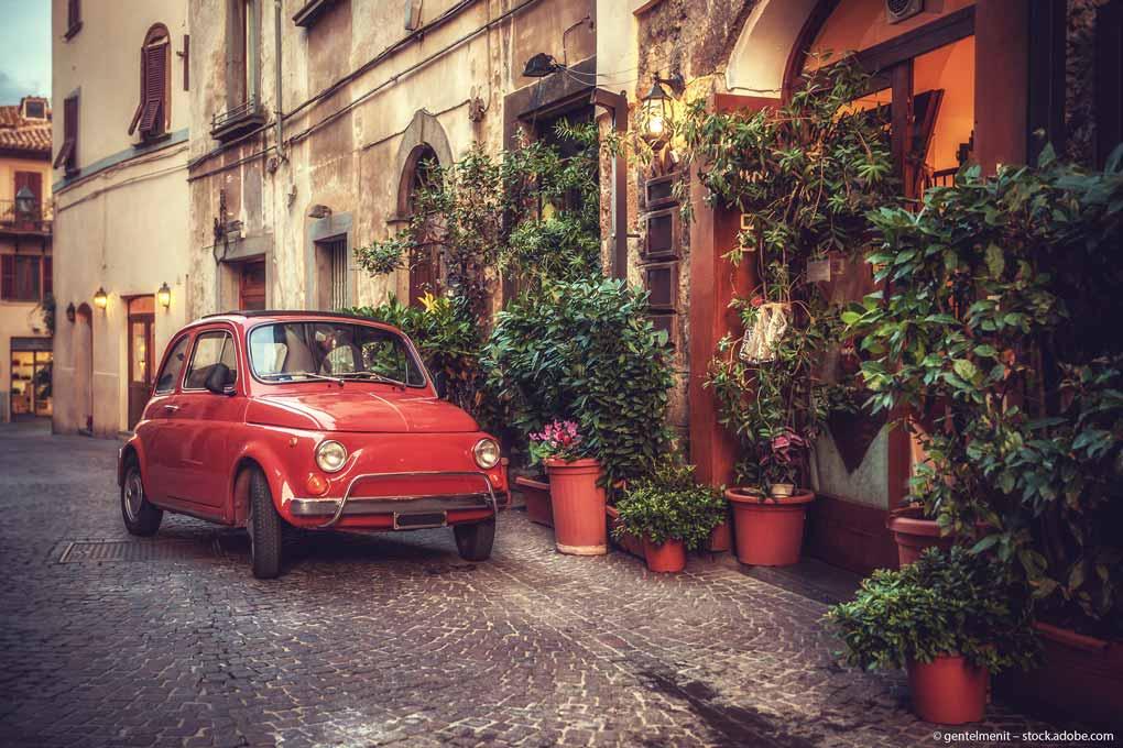 Italien-Fiat-Dorf